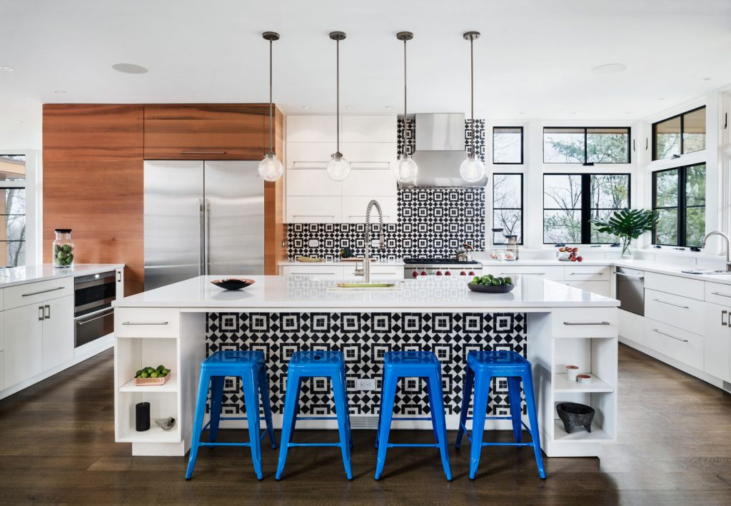 A Modern Kitchen With Black & White Accents - Granada Tile ...