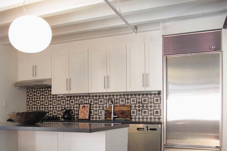 Just Imagine How These Kitchens Would Ve Looked If They D Decided To Go With White Tiles Instead