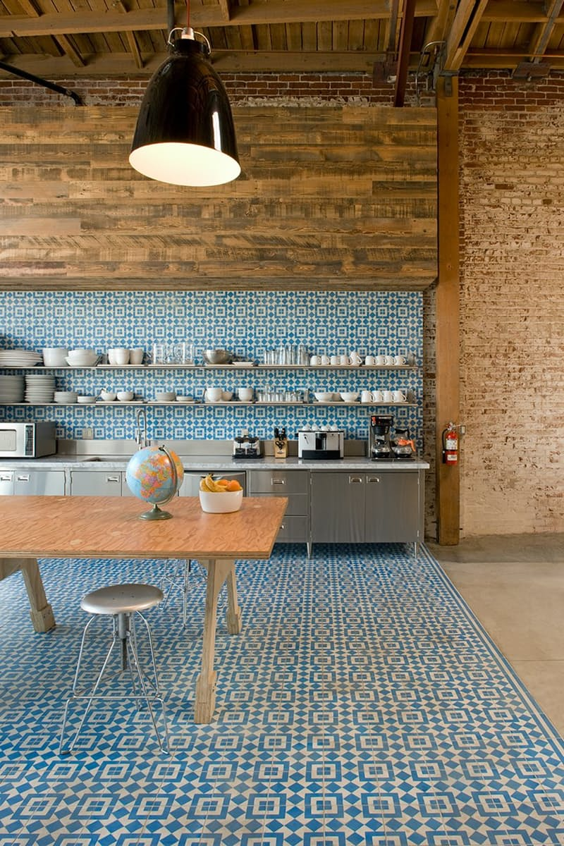 Apartment Therapy Thinks This Granada Tile Kitchen Backsplash Is