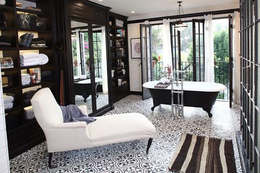 bathroom-floor-and-shower-tile