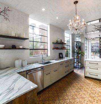 Kim Gordon Designs used Granada Tile's Chantilly cement tiles to create a stunning kitchen.