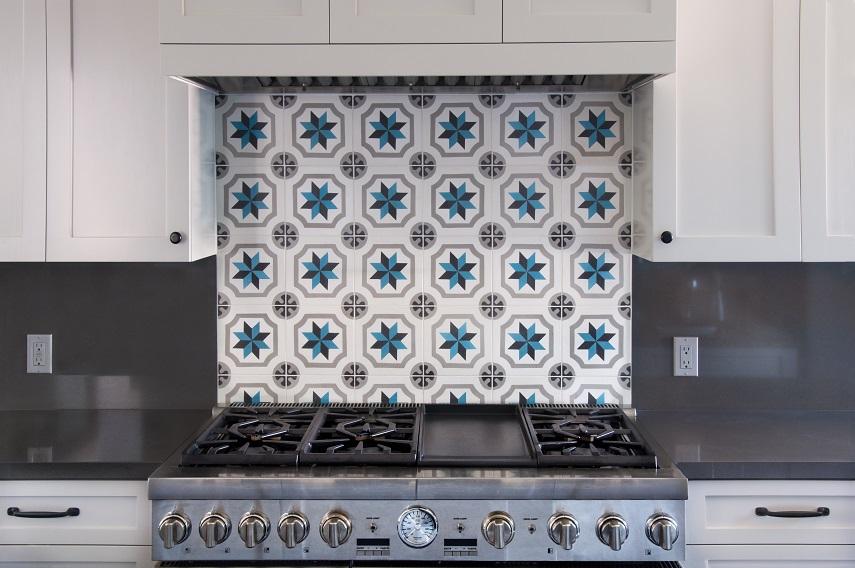 Cement tiles kitchen backsplash for Blue and white cement tile