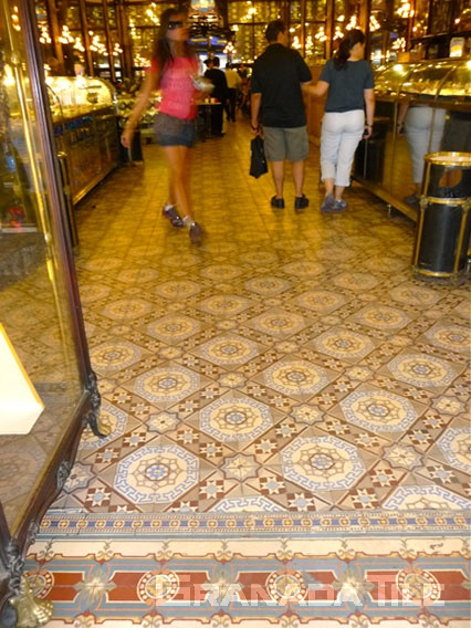 Cement floor tiles in the Confeitaria Columbo