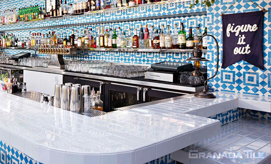 Outdoor bar with Fez cement tiles