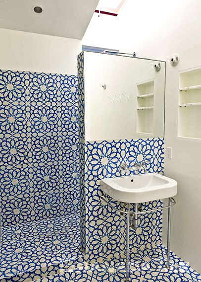 Blue and White Alhambra Cement Tile Design for Bathroom