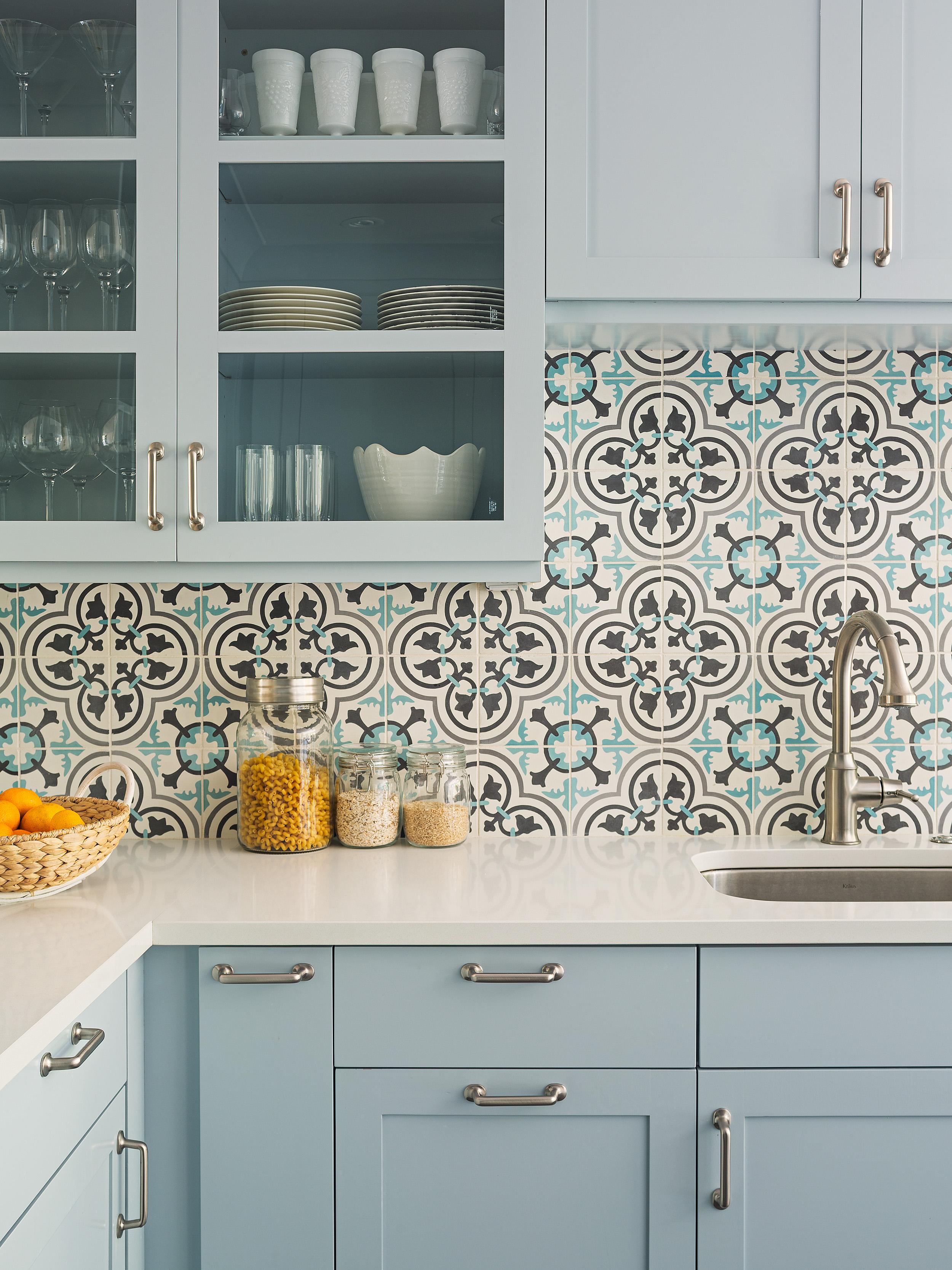 The everlasting elegance of granada tile granada tile for Blue and white cement tile